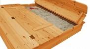 Im Test: Sandkasten mit Sitzbank als Deckel