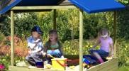 """Sandkasten """"Sophie"""" mit blauem Dach von Gartenpirat"""